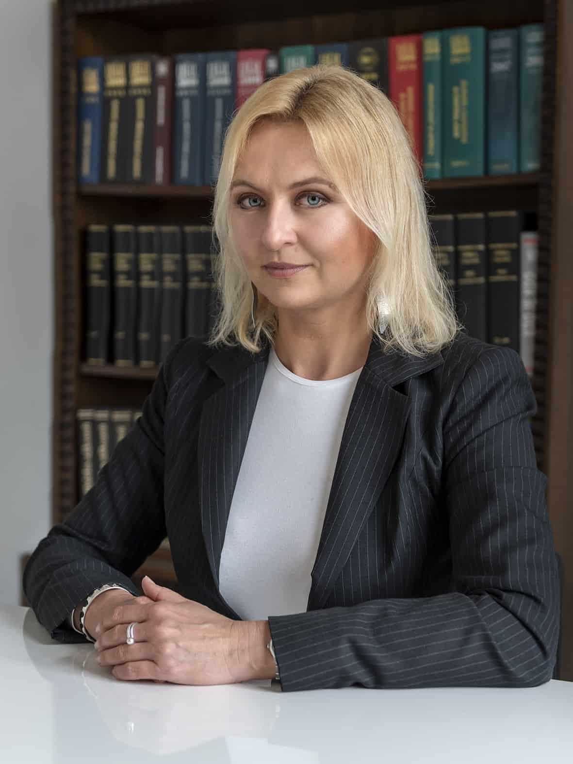 Mgr. Hana Ševelová